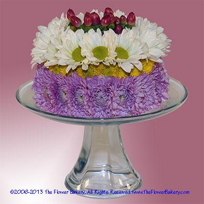 Berry Delight Flower Cake Red White Lavender Send unique flower
