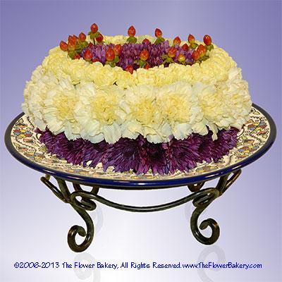 "Danish With Berriesâ""¢ Flower Cake"